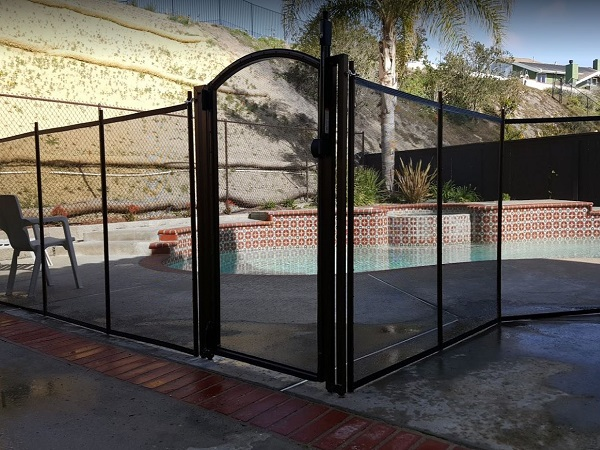 Life Saver Arched Pool Gate